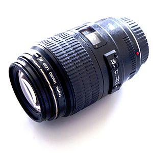 100mm f /2.8 macro lens