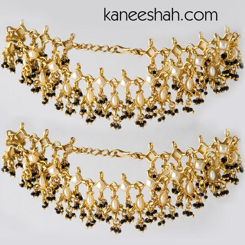 goldplated-black-bead-anklets-ajw09201_large