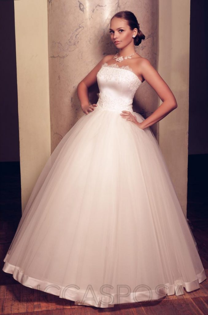 Couture Wedding Dresses - Photography and Wedding Blog